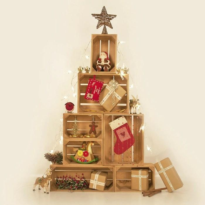 une-magnifique-suggestion-recup-decoration-de-noel-a-fabriquer-arbre-de-noel-fait-de-caisses-en-bois-decorees