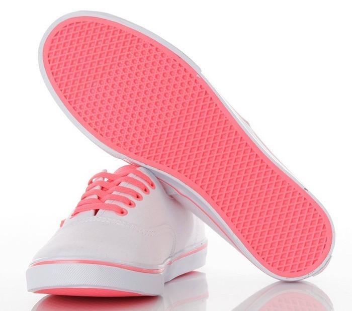 vans-authentic-femme-lo-pro-blanche-rose-fine-sneakers-fille-toile