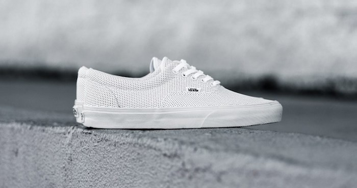 vans-blanche-era-authentic-lo-basse-aeration-skate-homme