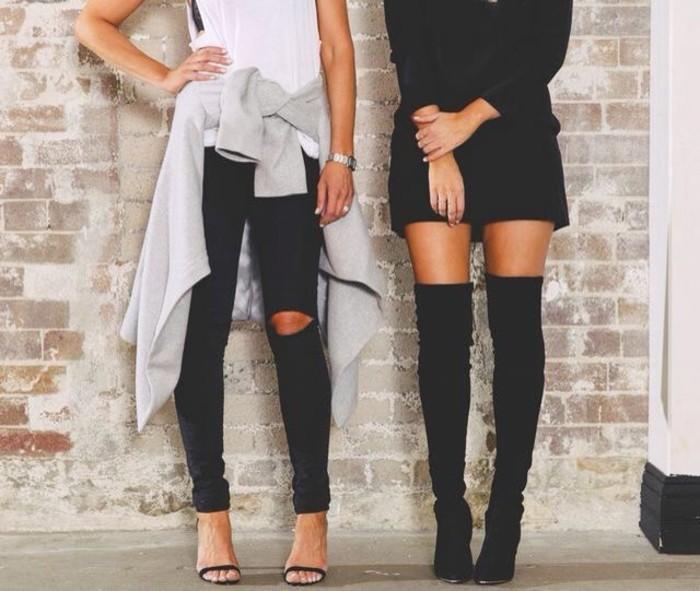 velvet-robe-velours-noire-bottes-hautes-robe-droite-fluide
