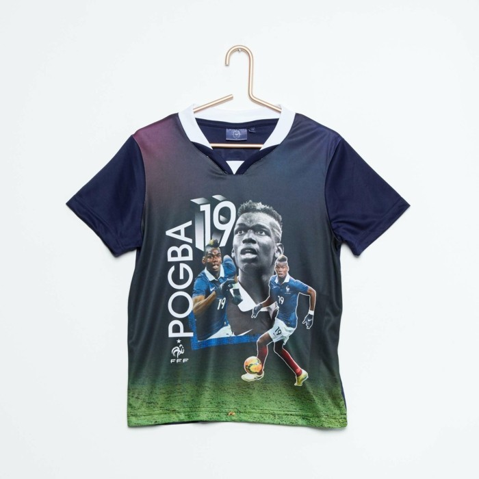 vetement-de-sport-enfant-kiabi-football-numero-19-pogba-resized