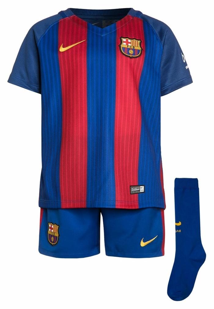 vetement-de-sport-enfant-zalando-club-de-football-barcelone-resized