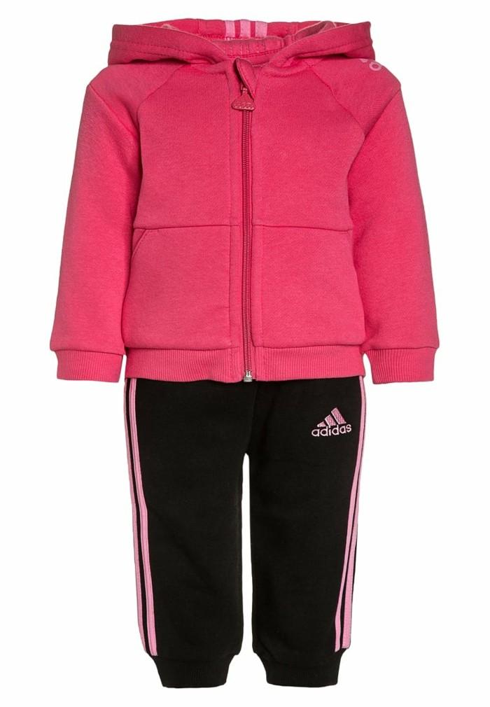 vetement-de-sport-enfant-zalando-tout-petits-en-rose-et-noir-resized