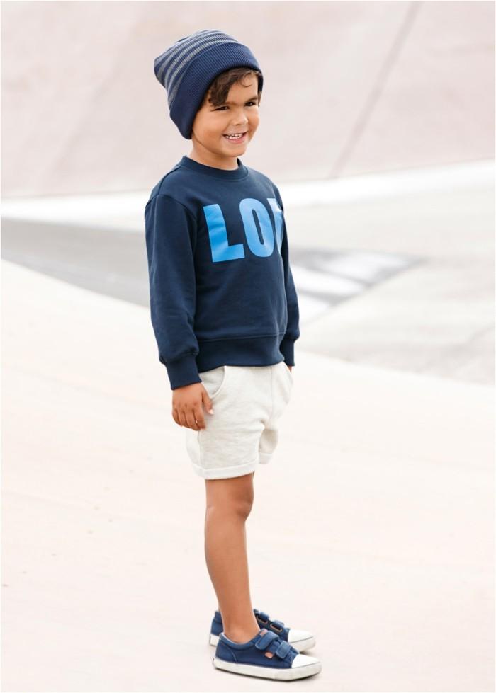 vetement-de-sport-enfant-sweat-shirt-imprime-en-bleu-avec-inscription-bonprix-resized