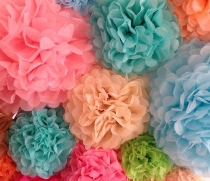 enormes-fleurs-splendides-idee-comment-fabriquer-un-pompon-comme-un-vrai-professionnel-idee-charmante