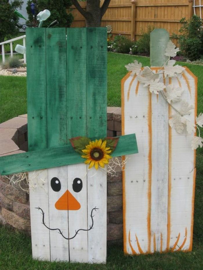 epouvantail-a-moineaux-creations-en-palettes-pour-le-jardin