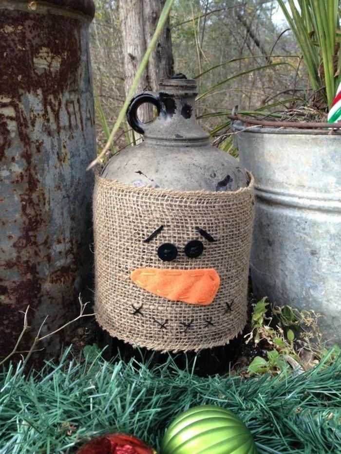epouvantail-fabrication-faire-une-decoration-de-jardin-originale