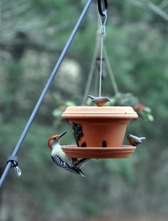 mangeoire pour oiseaux 60 mod les et id es diy. Black Bedroom Furniture Sets. Home Design Ideas