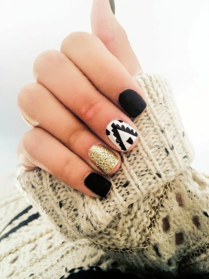 adorable-nail-art-noel-facile-manicure-noel-hipster-idee