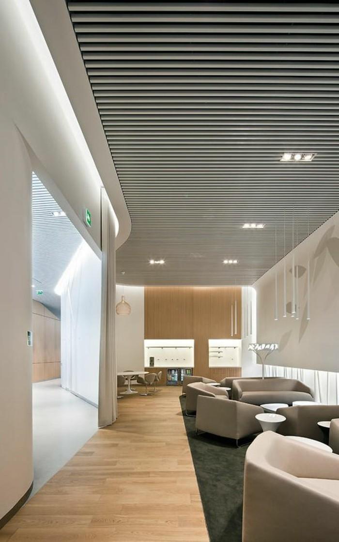 amenager-une-chambre-en-longueur-office-space-meubles-bas-couleur-beige-espace-office