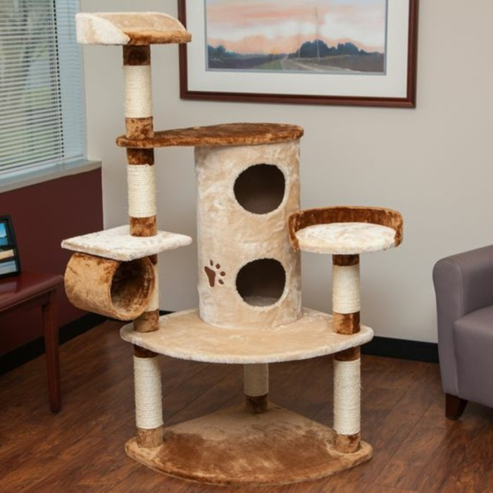 l 39 arbre chat un terrain d 39 aventures et de repos pour. Black Bedroom Furniture Sets. Home Design Ideas