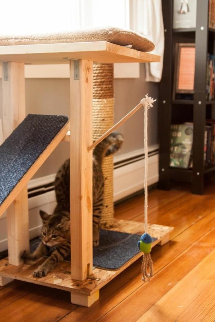 l 39 arbre chat un terrain d 39 aventures et de repos pour votre ami. Black Bedroom Furniture Sets. Home Design Ideas