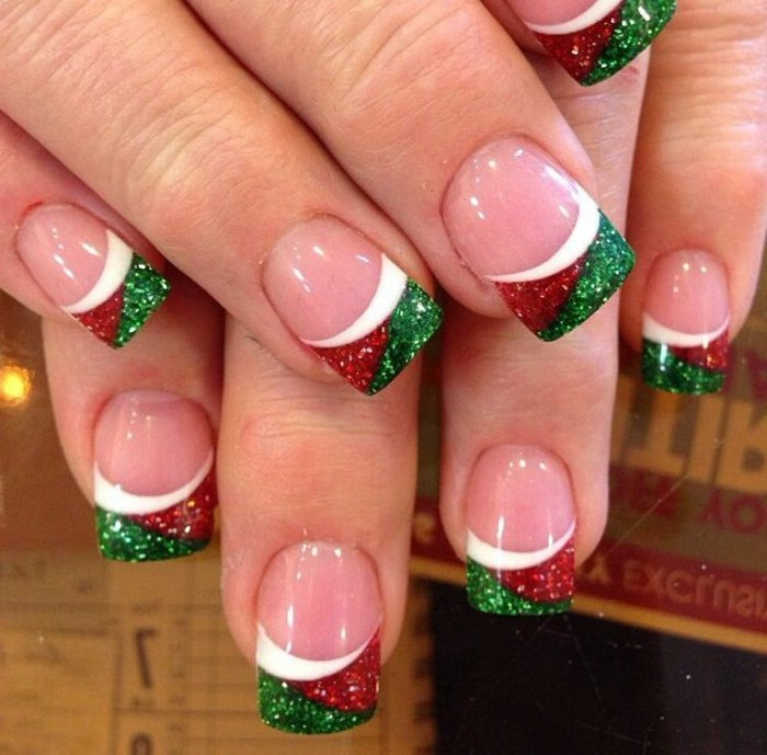 beau-manucure-idee-nail-art-hiver-ongles-pour-noel