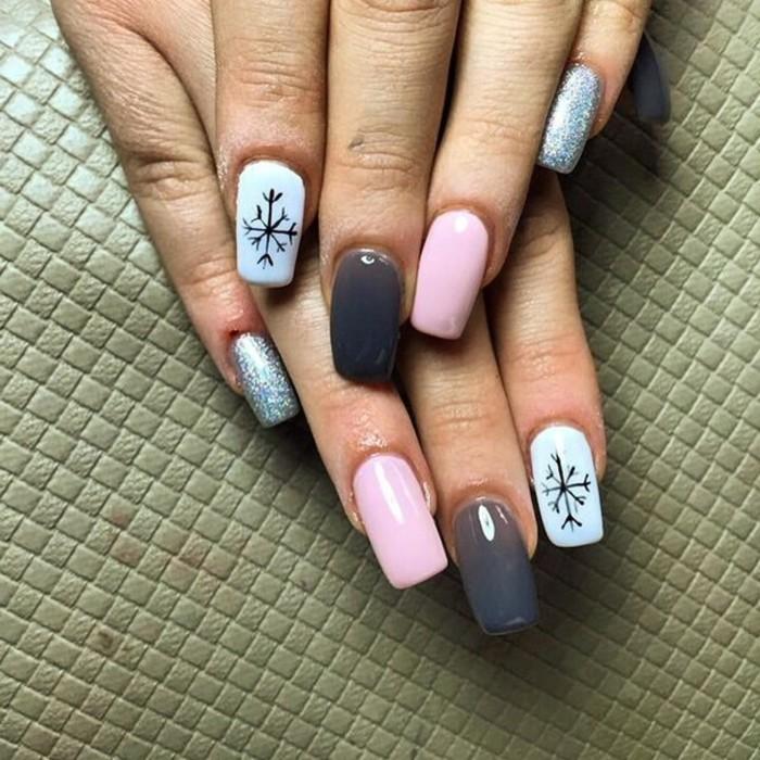 beaute-belle-idee-nail-art-hiver-ongles-pour-noel-rose-et-bleu-claire-hiver
