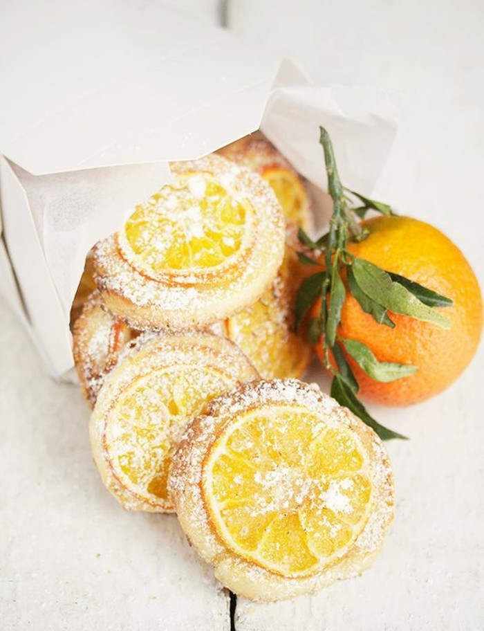 biscuits-savoureux-avec-des-orangettes-confites