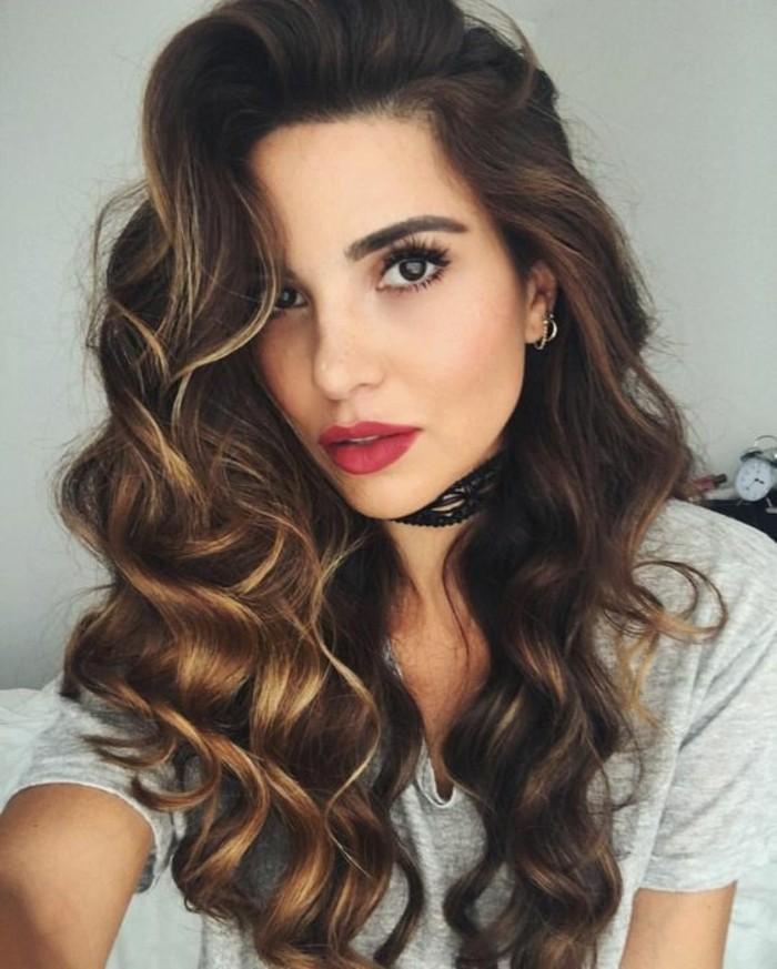 boucler-ses-cheveux-au-fer-jolie-chevelure-bouclee