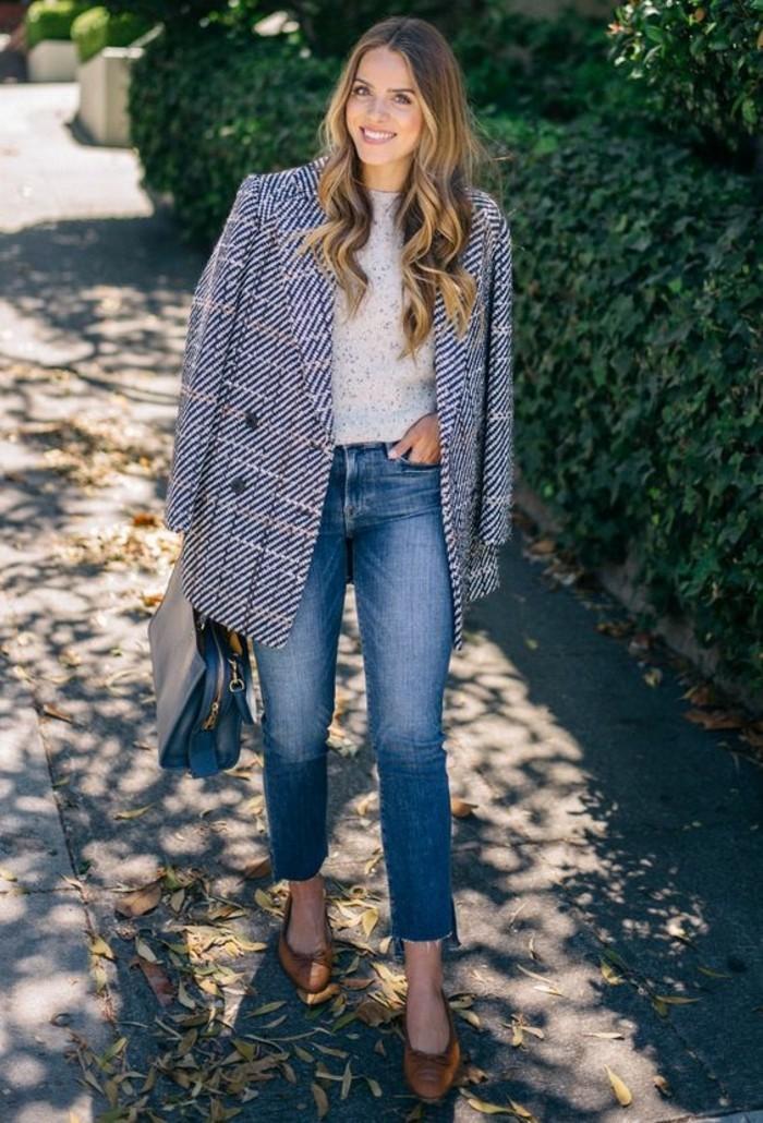 caban-gris-tendance-automne-hiver-jeans-et-ballerines