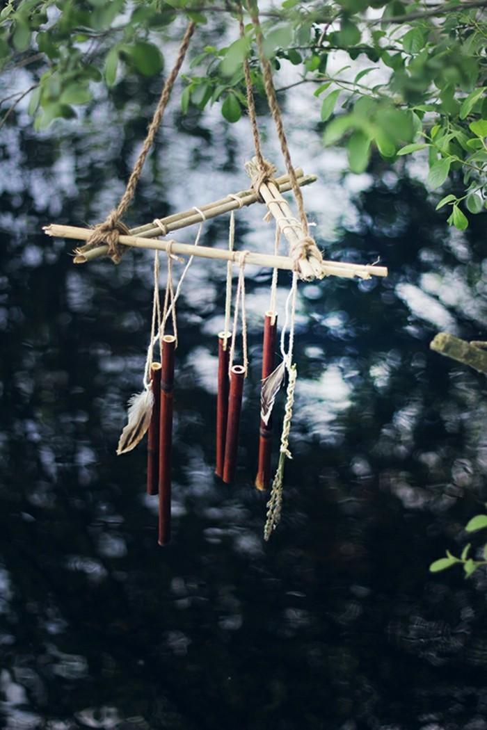 carillon-bambou-air-sauvage-et-rustique-a-suspendre-dans-le-jardin