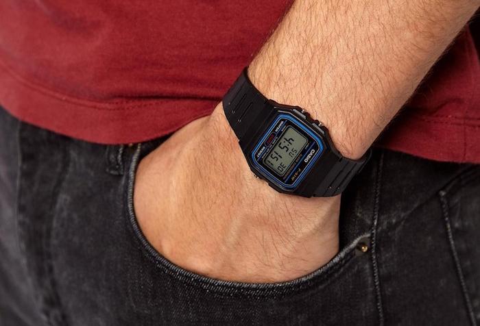 casio-black-classic-digital-watch-casio-montre-noir-plastique