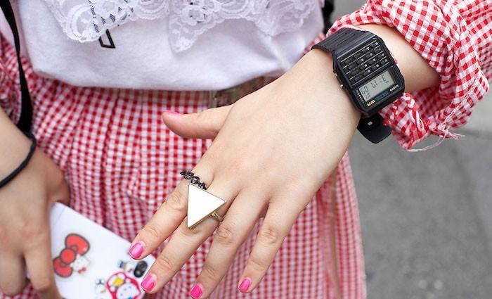 casio-montre-calculatrice-femme-homme-plastique-noir-collection-vintage