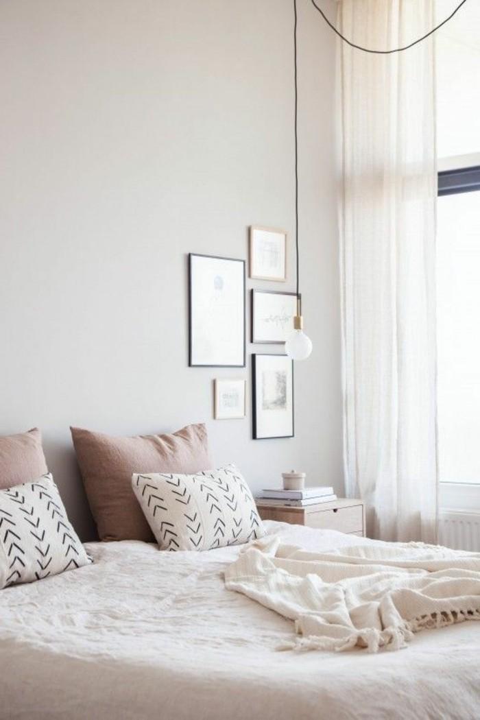 chambre-a-coucher-design-couleurs-pastel-rose-pale-coussins-roses-lit-deux-places