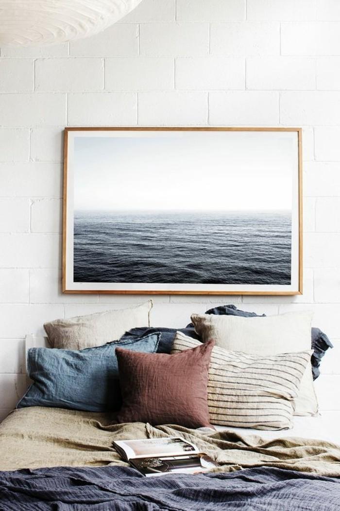 chambre-a-coucher-design-marin-chambre-complete-adulte-coussins-de-lit-colores