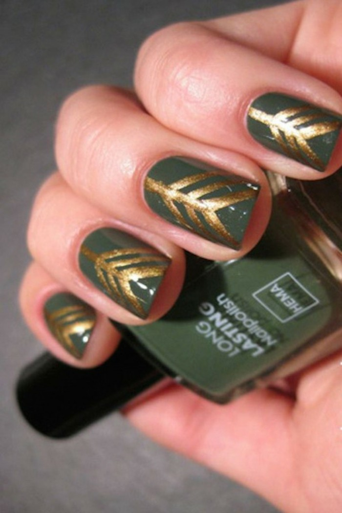 chouette-en-vert-vernis-ongle-deco-pour-les-fetes-stickers-ongle-noel-hipster-deco