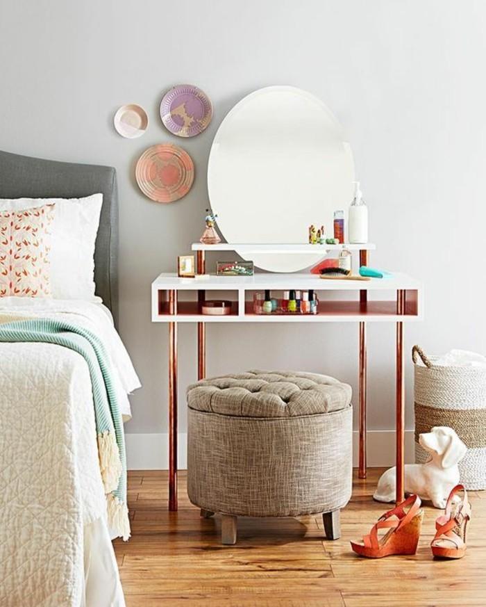 coiffeuse-avec-miroir-pietement-en-tube-cuivre-chambre-a-coucher