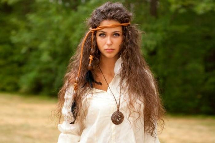 Coiffure hippie u2013 beautu00e9 naturelle de lu2019esprit rebelle