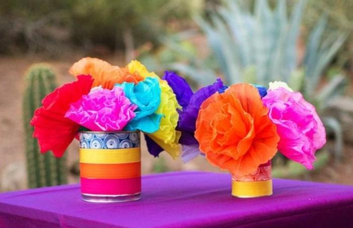 comment-faire-un-pompon-fleurs-en-papier-de-soie-dans-des-boites-de-conserve-en-guise-de-vases