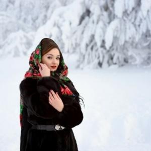 Le foulard russe - un accessoire intemporel au grand charme