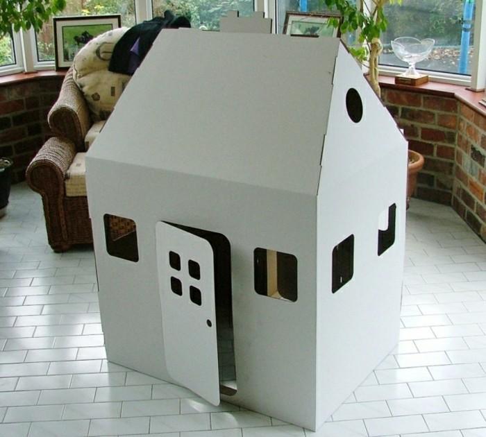 construire-une-cabane-enfant-gris-un-projet-de-maisonnette-enfant-a-faire-soi-meme
