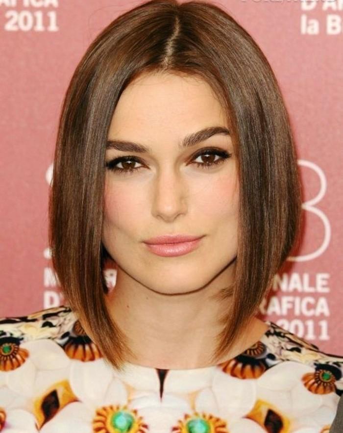 coupe-de-cheveux-femme-carre-strict-asymetrique-coupe-mi-longue