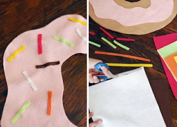 coussins-originaux-couper-des-lignes-de-tissus-en-couleurs-differentes