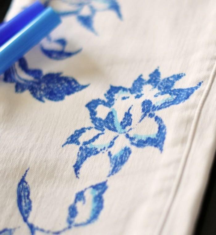 customiser-un-jean-peinture-belle-et-originale-sur-votre-paire-de-jeans-preferes-resultat-magique