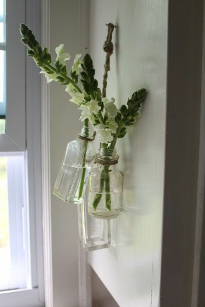 decoration-murale-projet-diy-vase-soliflore-simple-et-elegant