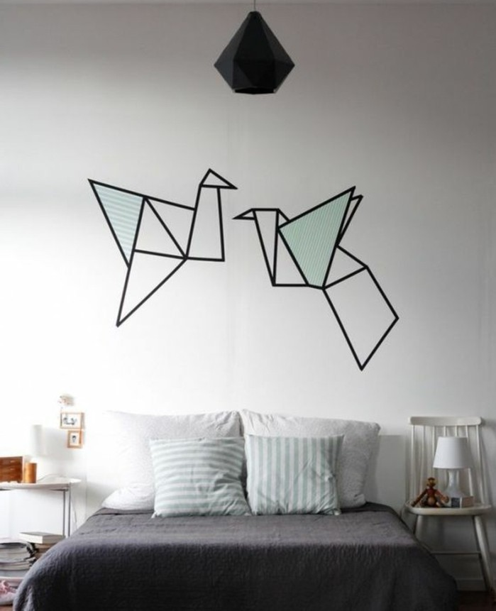 decoration-origami-pour-le-mur-de-votre-chambre-a-coucher-des-oiseaux-figures-a-l-aide-de-scotch-decoratif