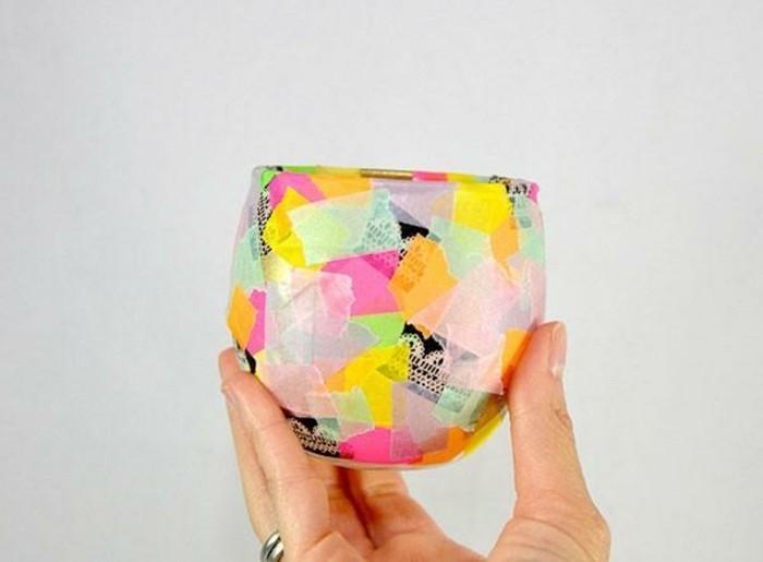 de-petites-bandes-a-motifs-differents-pour-decorer-un-verre-multitude-de-bandes