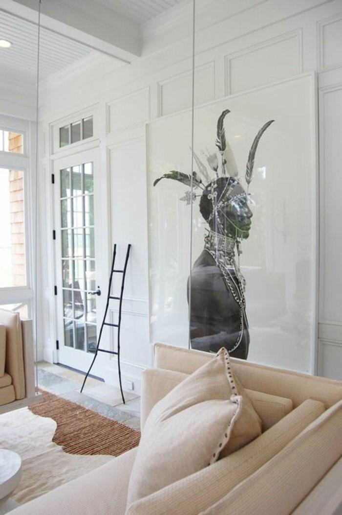 Decoration D Un Mur Avec Des Masques Blancs