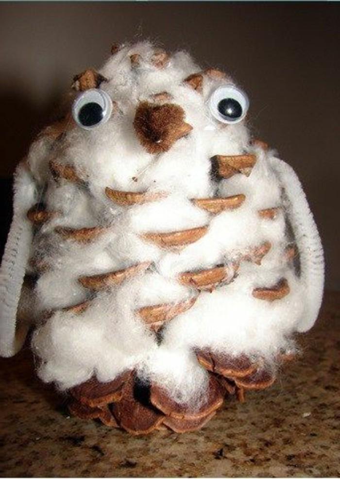 deco-de-noel-a-fabriquer-faire-un-hibou-sympathique-en-coton-et-cone