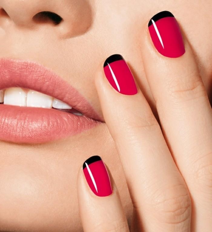 deco-ongles-en-rouge-et-noir-combinaison-fatale-chic