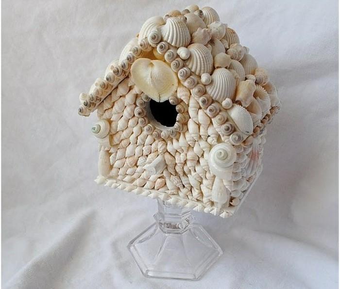 decoration-coquillage-mer-mini-maison-a-oiseaux-verre-blancheur