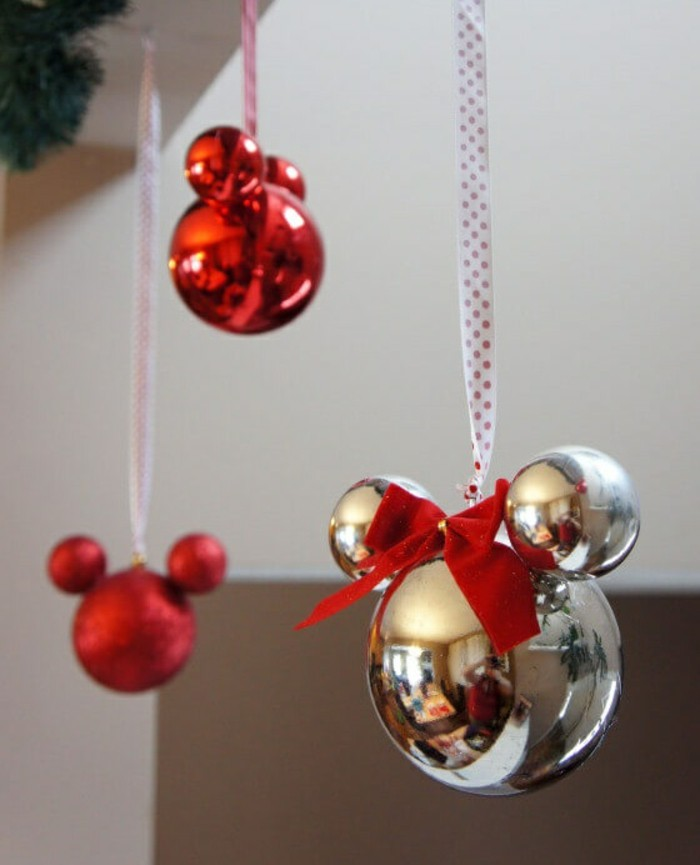 decoration-sapin-noel-sapin-de-noel-decore-diy-mickey-boules