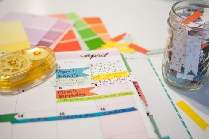 des-bandes-de-papier-washi-pour-souligner-des-evenements-et-des-faits-importnats-idee-pour-customiser-son-agenda
