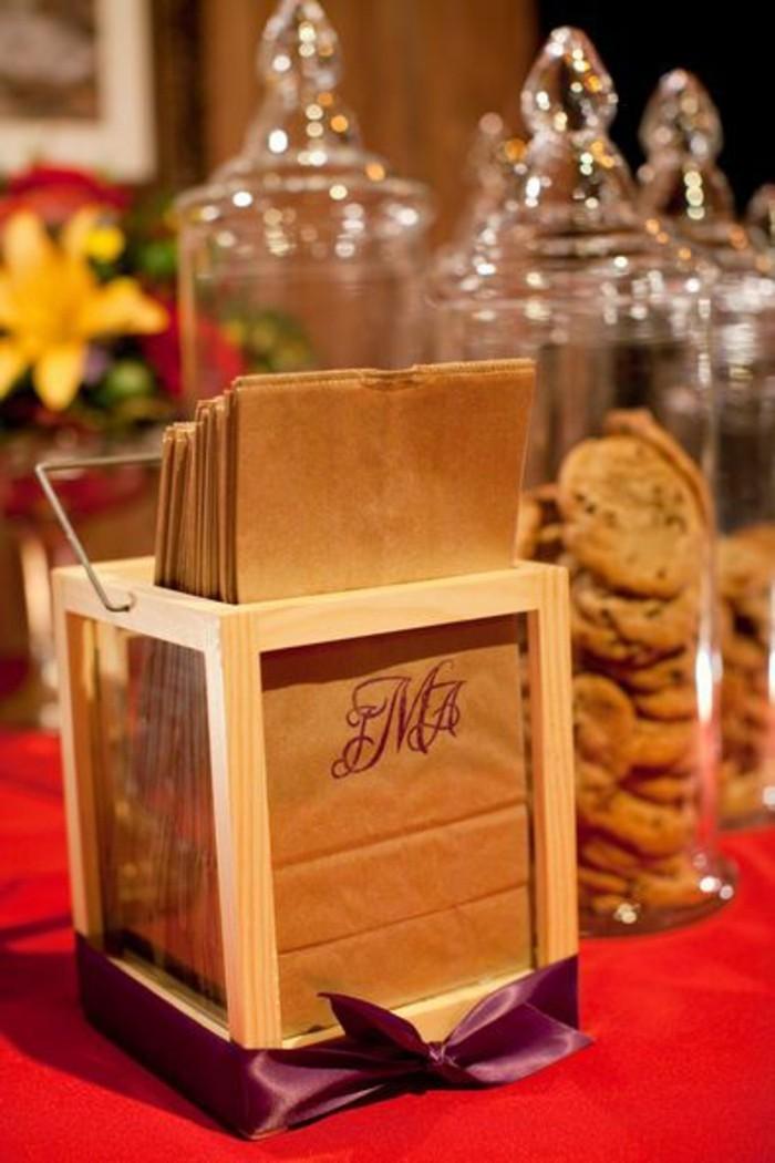 des-sacs-kraft-pour-des-cookies-idee-cadeaux-pour-les-invites