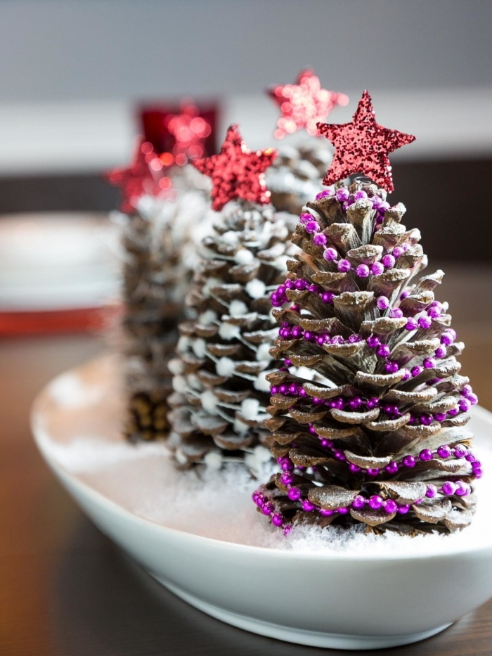 Pommes de pin pour la déco de Noël , 58 idées en photos