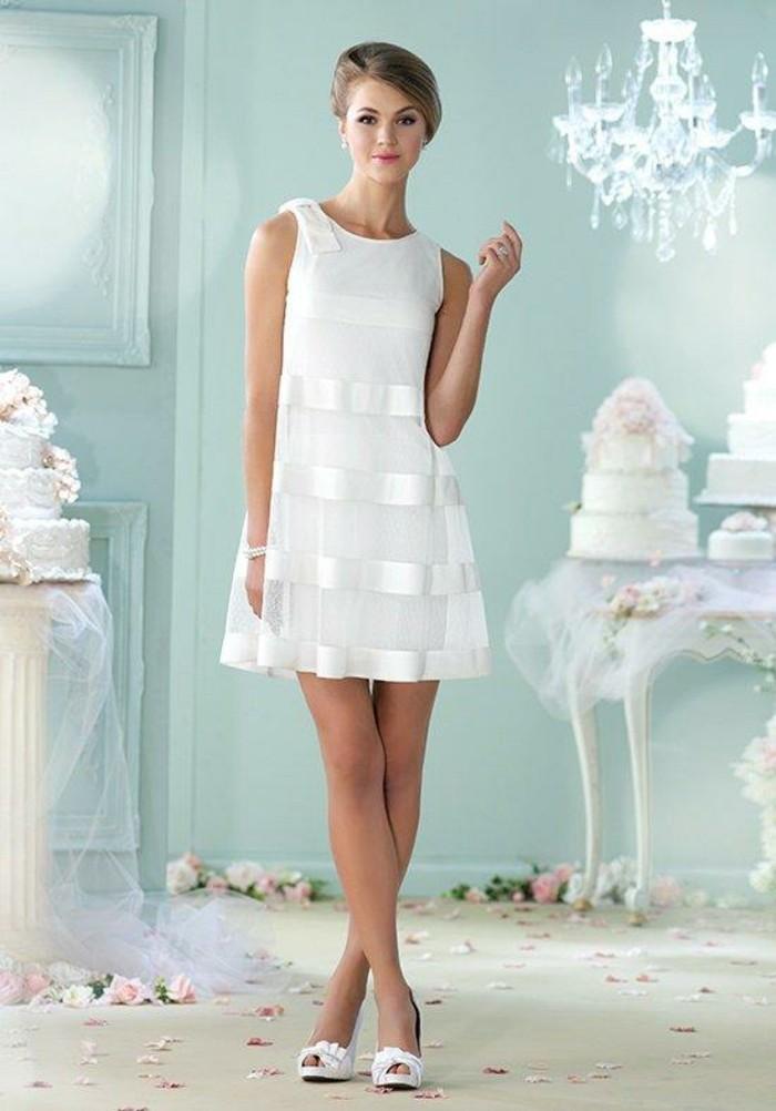robe de mari e simple courte et chic On élégantes robes de mariée sexy