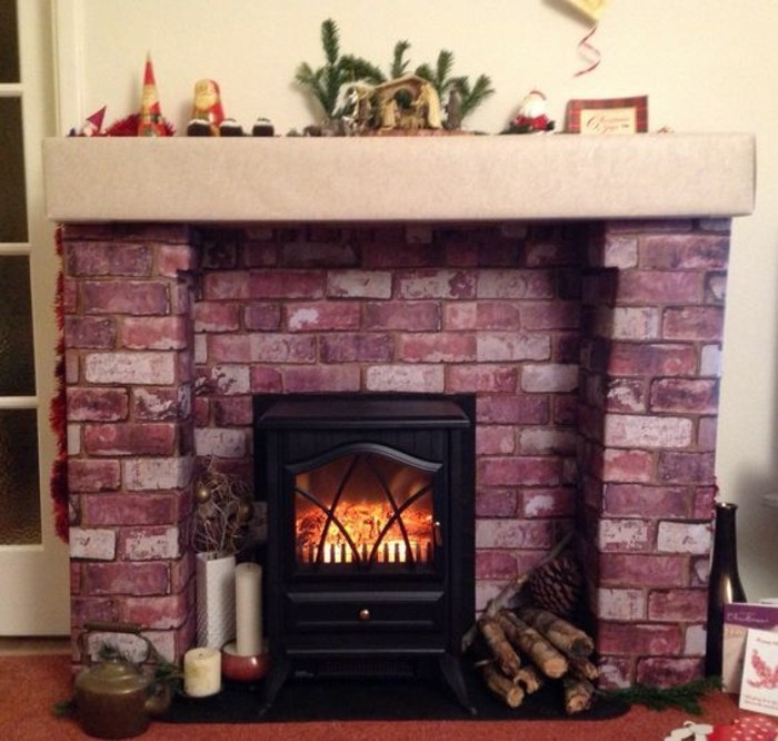 encadrement-cheminee-branchettes-de-sapin-bougies