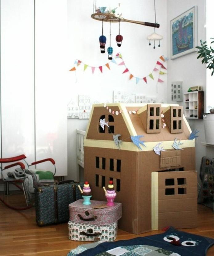 Exceptional Cabane En Carton Enfant #14: Exemple-charmant-d-une-cabane-carton-tres-accueillante-