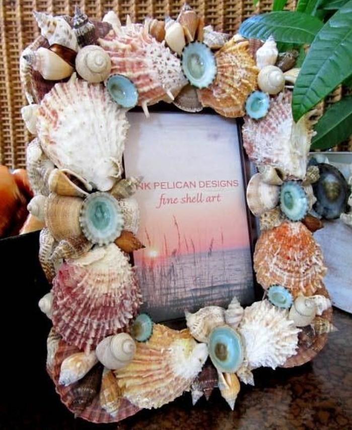 fabriquer-cadre-photo-recouvert-de-coquillages-une-decoration-cadre-photo-style-bord-de-mer